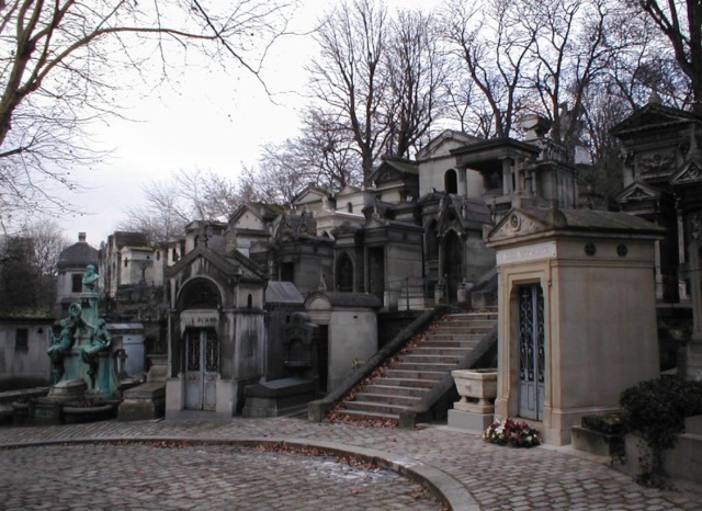 Pere LaChaise Cemetery, Photo from FindAGrave.com