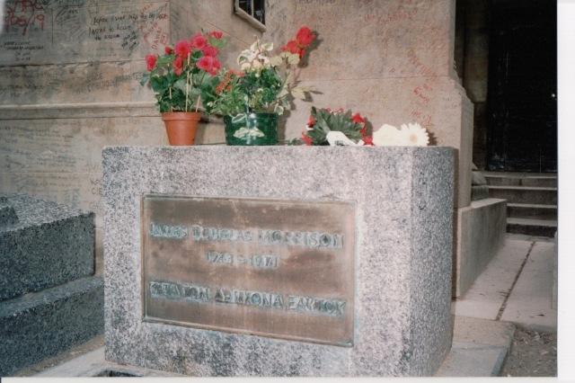 1993 Jim Morrison's grave